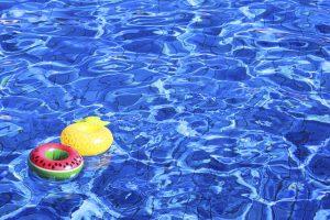みんな大好き水遊び! 整備の整ったプールは子ども連れでも安心!